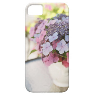 IPhone 5 Soft Purple & Pink Flowers in White Vase iPhone SE/5/5s Case