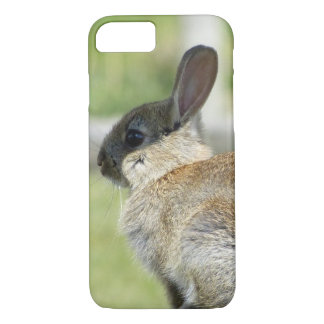 iPhone 7 case with rabbit in profile