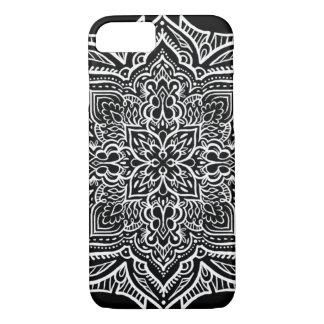 iPhone 7 - White/Black Geo Mandala style Pattern iPhone 7 Case
