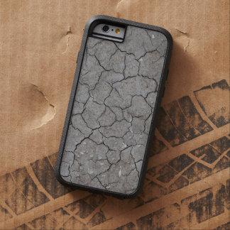 iPhone: Arcilla gris seca y agrietada del suelo. Funda Para iPhone 6 Tough Xtreme