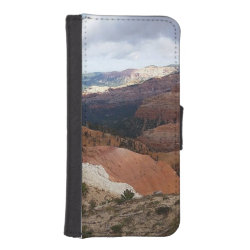 iPhone 5/5s Wallet Case with Brittany Spaniel Phone Cases design