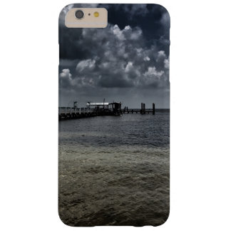 iPhone fishing pier case