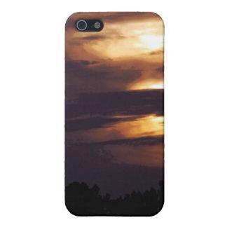 iPhone oscuro de la mota de los cielos de la oscur iPhone 5 Carcasas