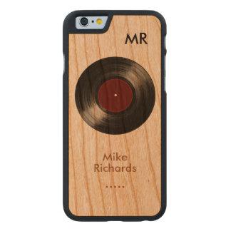 iPhone personalizado 6 con el disco de vinilo en Funda De iPhone 6 Carved® Slim De Cerezo