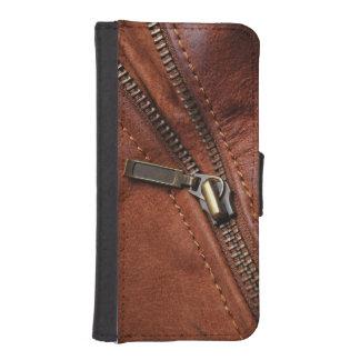 iPhone: Zipper of Brown Leather Biker Jacket iPhone SE/5/5s Wallet