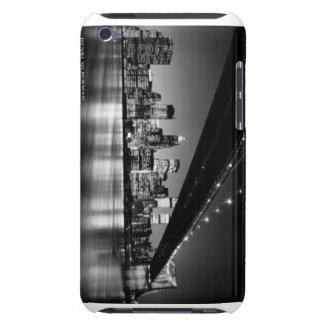 Ipod case featuring the New York city skyline