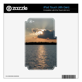 iPod Touch 4 case with pic of silver-lining sunset iPod Touch 4G Decals