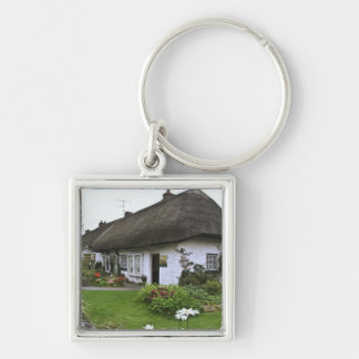 Ireland, Adare. Thatched-roof cottage Key Chain