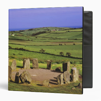 Ireland, County Cork. The Dromberg Stone Binder