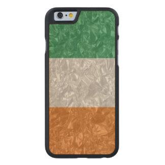Ireland Flag - Crinkled Carved® Maple iPhone 6 Slim Case
