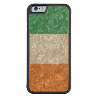 Ireland Flag - Crinkled Carved® Maple iPhone 6 Bumper Case