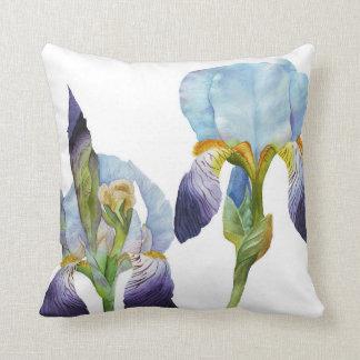 Iris de la acuarela cojín decorativo