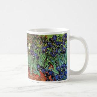 Iris de Van Gogh, arte del impresionismo del poste Taza Básica Blanca