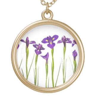 Iris púrpuras - plantilla modificada para collar dorado