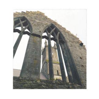 Irish Castle - Fortress - Near the Gates Notepad