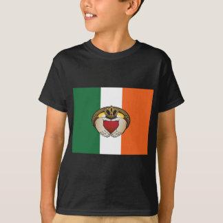 Irish Claddagh art T-Shirt
