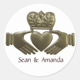 Irish Claddagh Gold Wedding Seals Classic Round Sticker