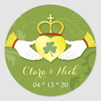 Irish Elegance Gold n Green Wedding Favors Classic Round Sticker