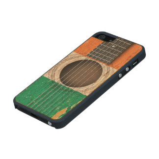 Irish Flag on Old Acoustic Guitar Carved® Maple iPhone 5 Slim Case
