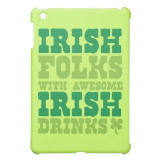 IRISH FOLKS WITH AWESOME IRISH DRINKS iPad MINI COVER