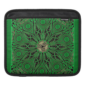 Irish Green Celtic Triskele Mandala Sleeve For iPads