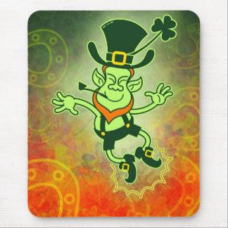 Irish Leprechaun Clapping Feet Mouse Pad