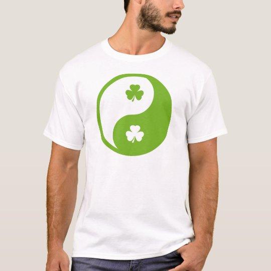 irish ying and yang T-Shirt