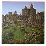 Irlanda, Cashel. Ruinas de la roca de Cashel 2 Azulejo