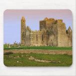 Irlanda, Cashel. Ruinas de la roca de Cashel Alfombrilla De Ratón