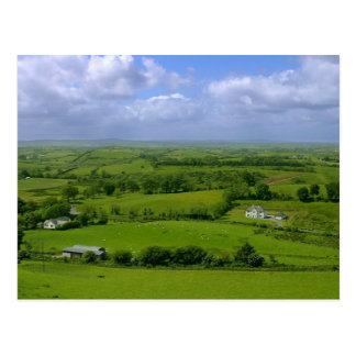 Irlanda coloca las nubes del cielo postales