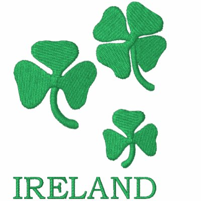 Irlanda con los tréboles bordó la camisa