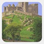 Irlanda, condado Tipperary. Vista de la roca de Pegatina Cuadrada