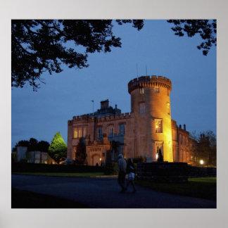 Irlanda, el castillo de Dromoland se encendió en l Póster