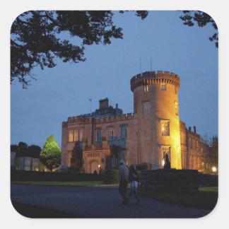 Irlanda, el castillo de Dromoland se encendió en Pegatina Cuadrada