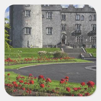 Irlanda Kilkenny Vista del castillo de Kilkenny Pegatinas Cuadradases