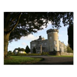 Irlanda, la entrada lateral del castillo de postal