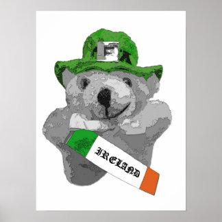 Irlanda, oso de peluche irlandés del Leprechaun, p Poster