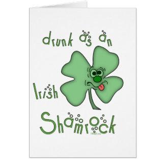 Irlandés-Bebido como tarjeta de cumpleaños del