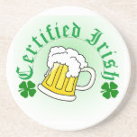 Irlandés certificado con la taza de cerveza posavasos personalizados