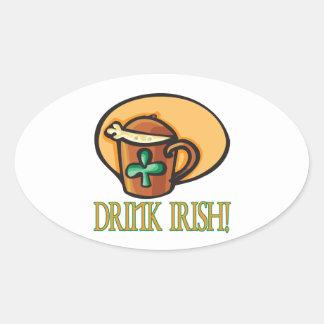 Irlandés de la bebida colcomanias óval