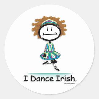 Irlandés de la danza pegatina redonda