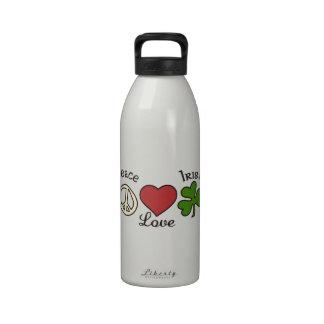 Irlandés del amor de la paz botella de beber