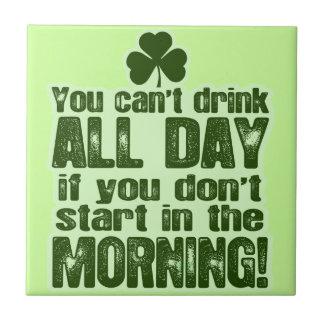 Irlandés del día de St Patrick divertido Azulejo