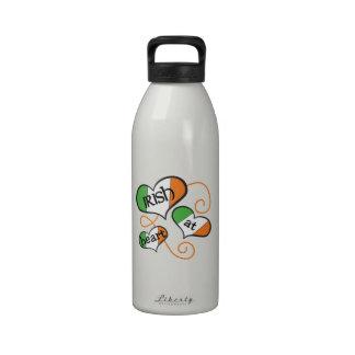 Irlandés en el corazón botella de agua reutilizable