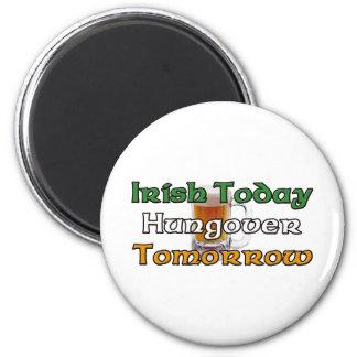 Irlandés hoy Hungover mañana Imán Redondo 5 Cm