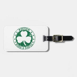 Irlandés nacido y criado etiquetas de maletas