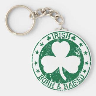 Irlandés nacido y criado llavero personalizado