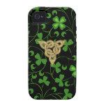 Irlandés negro Knotwork iPhone 4/4S Carcasas
