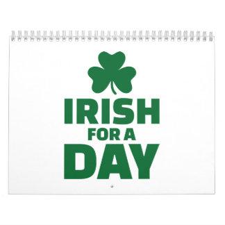 Irlandés para un trébol del día calendario de pared