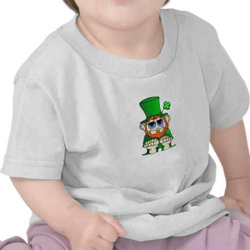 irlandés pequenito del pedazo o camiseta